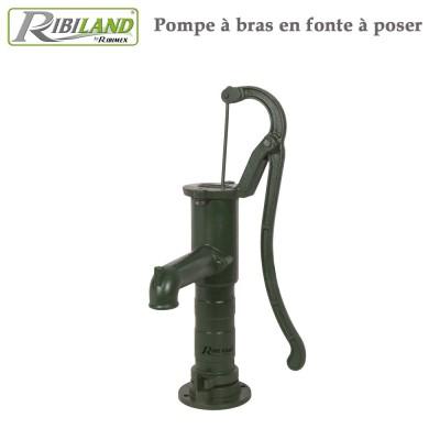 Pompe à eau murale