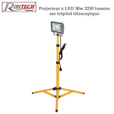 Projecteur de chantier à Led 30w 2250 lumens - Télescopique